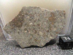 Météorite NWA 6925 L3.15 tranche de 14,9 grs dans meteorites NWA-6925-L3.15-300x225
